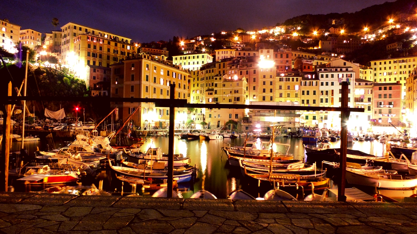 Camogli-by-night-postcard (1)